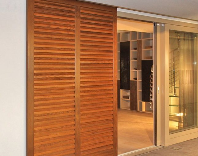 Entrematic_home_sliding_doors_Ditec_OllyE_1