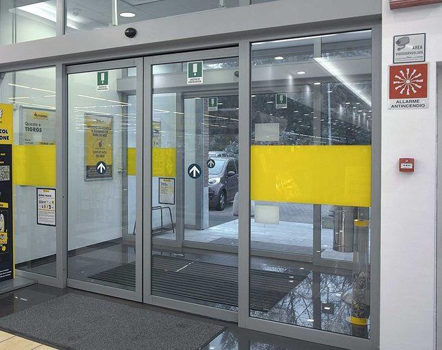 Entrematic_sliding_doors_DitecValor-4