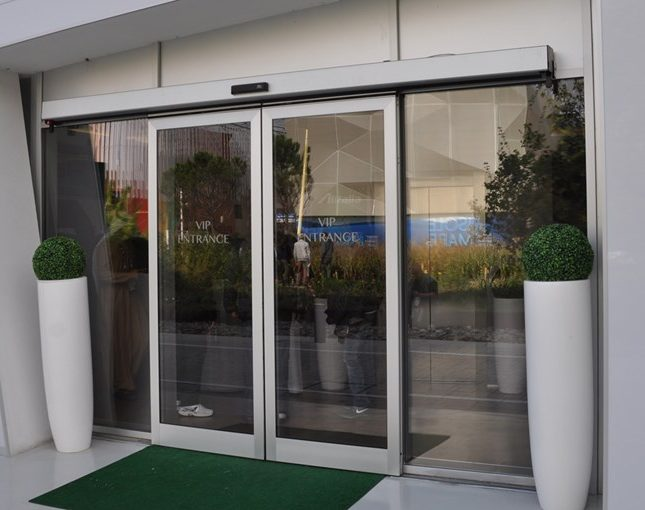 Entrematic_sliding_doors_DitecValor-9